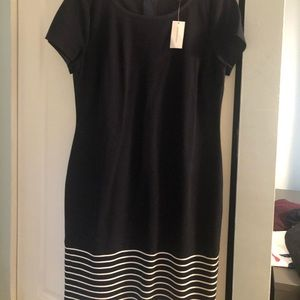 BANANA REPUBLIC navy blue dress with white stripes